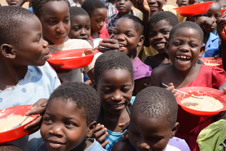 Inter News: アフリカで命をつなぐ食糧支援| トピックス|国際活動|活動内容・実績を知る|日本赤十字社