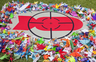 1000Cranes67_Copyright_Australia Red Cross Louise Cooper.jpg (2カラム画像(枠なし):322x210px)